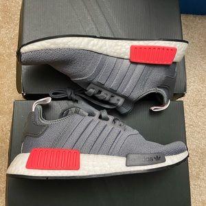 NIB Adidas NMD R1 sneakers sz 6